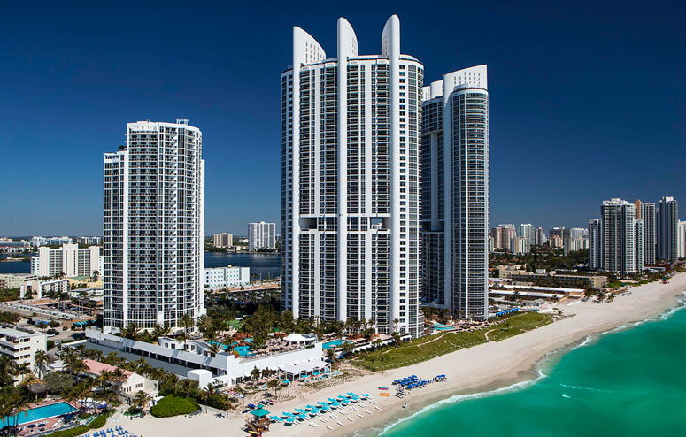 condo-hotels-trump-international-sonesta-beach-resort
